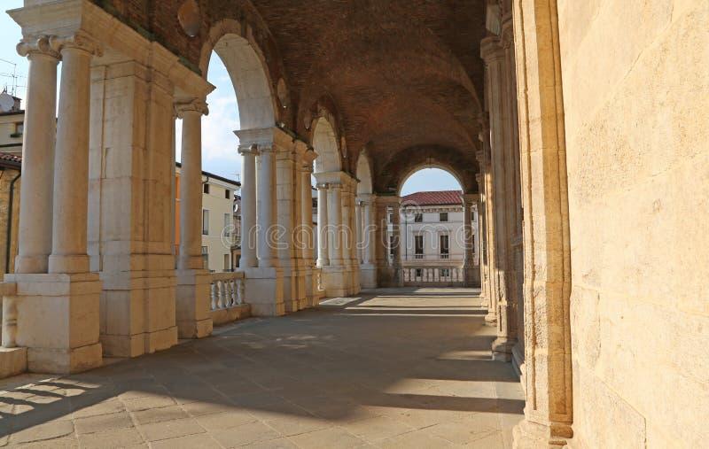 Voûtes de la basilique de Palladian le grand monument public du Th photographie stock