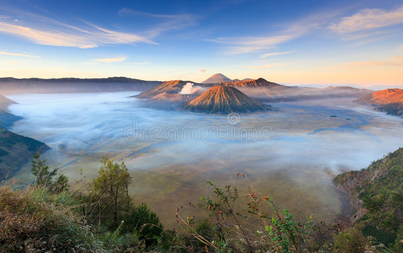 Vocalno ad alba, East Java, Indonesia di Bromo fotografia stock