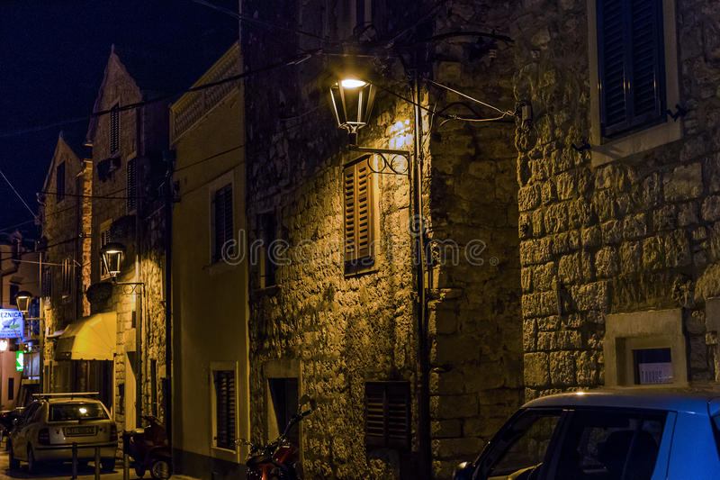 Vodice la nuit, Croatie photos stock