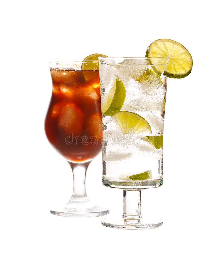 Vodka- och coladrink arkivbilder