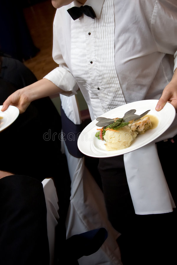 Voedsel dat van het huwelijk wordt het gediend stock foto