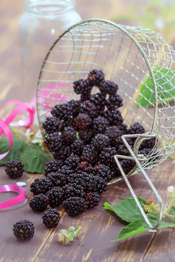 Voedselfoto, gezond voedsel, gewassen braambessen stock fotografie