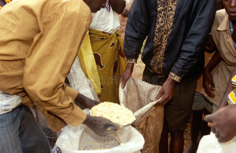 Voedselhulp in Burundi. royalty-vrije stock afbeelding