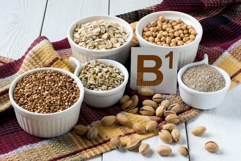 Voedselrijken in vitamine B1 stock foto