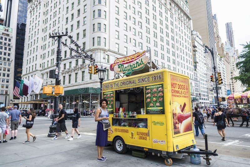 Voedselvrachtwagen in Groot Legerplein de Stad in van Manhattan, New York, de V.S. royalty-vrije stock afbeeldingen