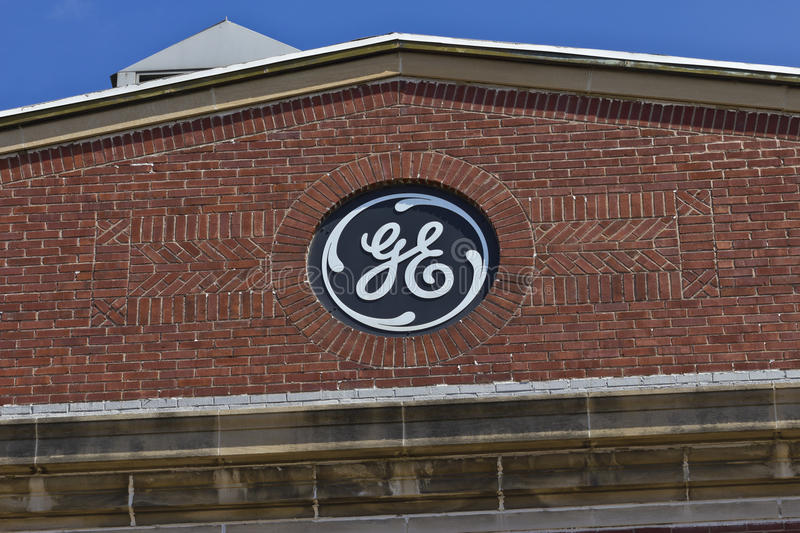 Voet Wayne, BINNEN - Circa Juli 2016: General Electric-Fabriek GE is world's Digital Industrial Company IX stock afbeelding