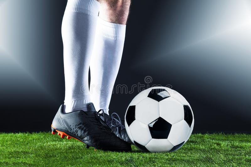 Voetbal Fotballgelijke Kampioenschapsconcept met voetbalbal stock foto's