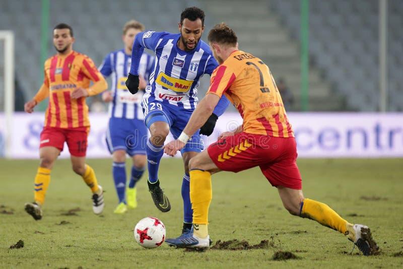 Voetbal: Korona Kielce - Wisla Plock stock foto