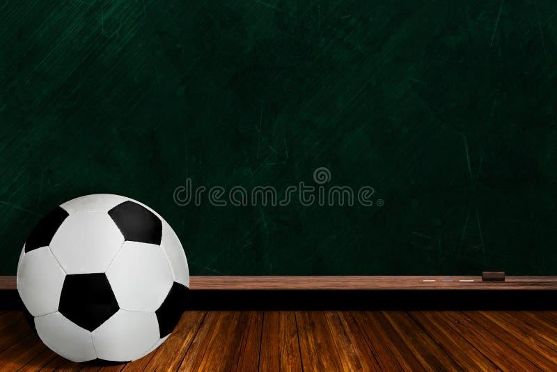 Voetbalbal en Schoolbordachtergrond stock illustratie