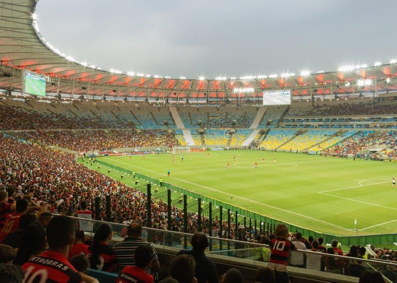 Voetbalspel bij Nieuw Maracana-Stadion - Flamengo versus Criciuma - Rio de Janeiro royalty-vrije stock afbeelding
