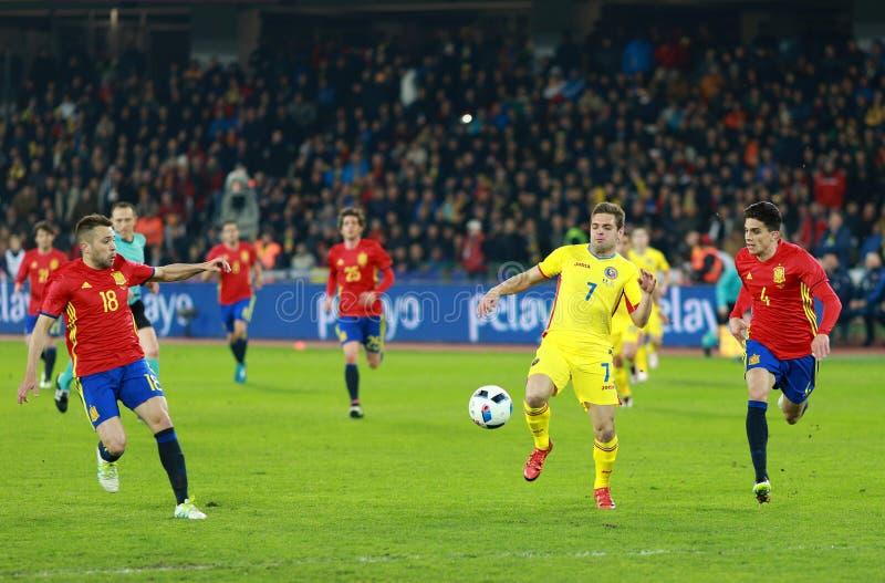 Voetbalster in actie op het gebied royalty-vrije stock afbeeldingen