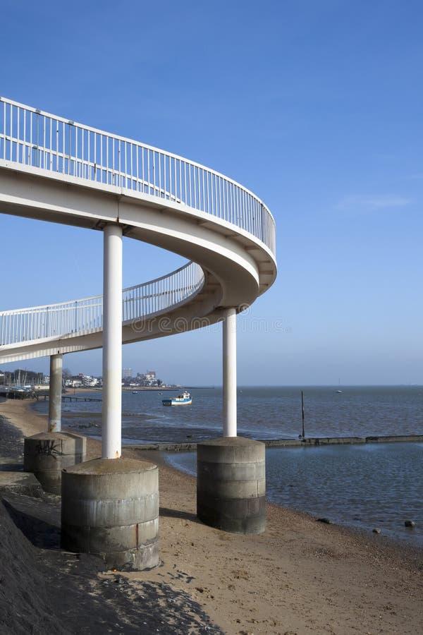 Voetgangersbrug bij Leigh-op-Overzees, Essex, Engeland