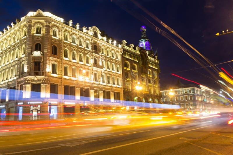 Voetgangersoversteekplaats, St. Petersburg, Rusland stock fotografie