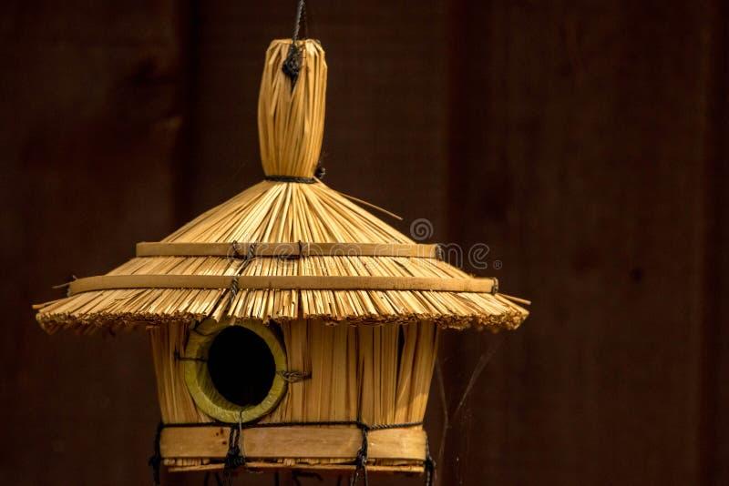 Vogelhütte stockfotos