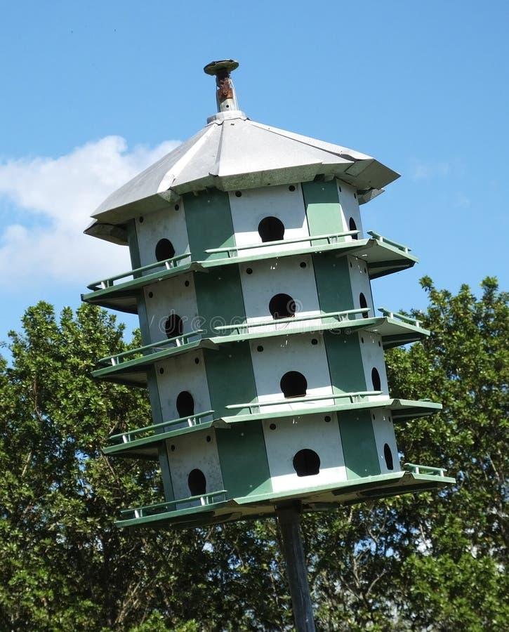 Vogelhaus-Motel lizenzfreie stockbilder