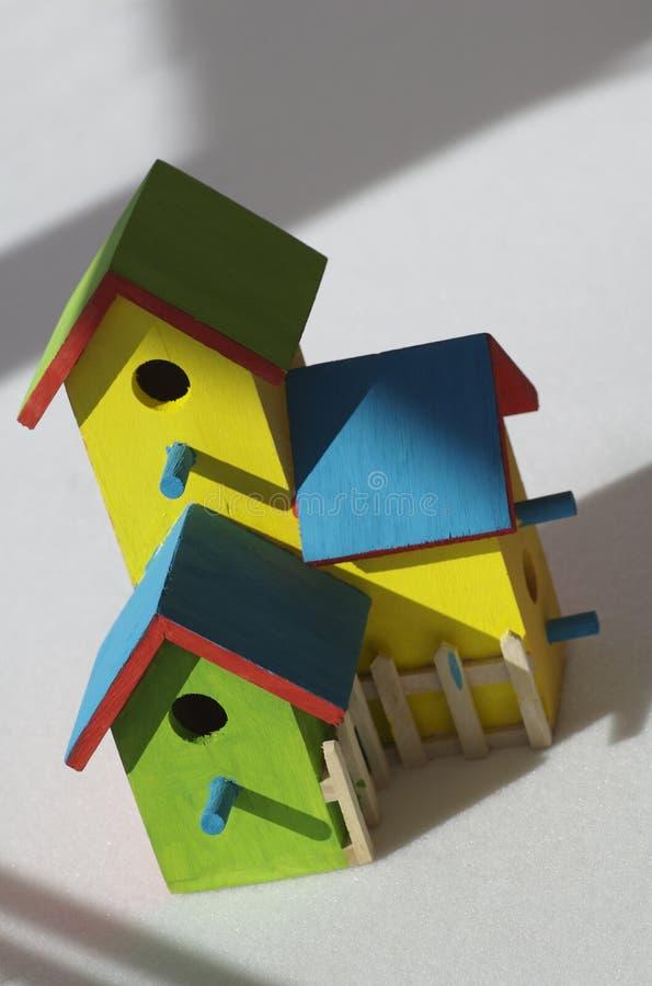 Vogelhuis stock afbeeldingen