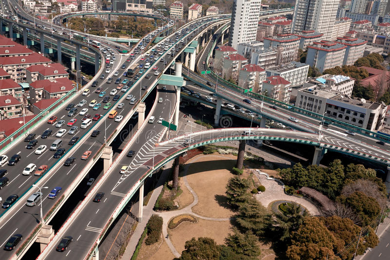 Vogelmening, de brug van het stadsviaduct van Shanghai royalty-vrije stock afbeelding