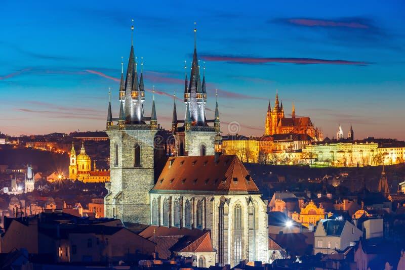 Vogelperspektive über alter Stadt, Prag, Tschechische Republik lizenzfreie stockbilder