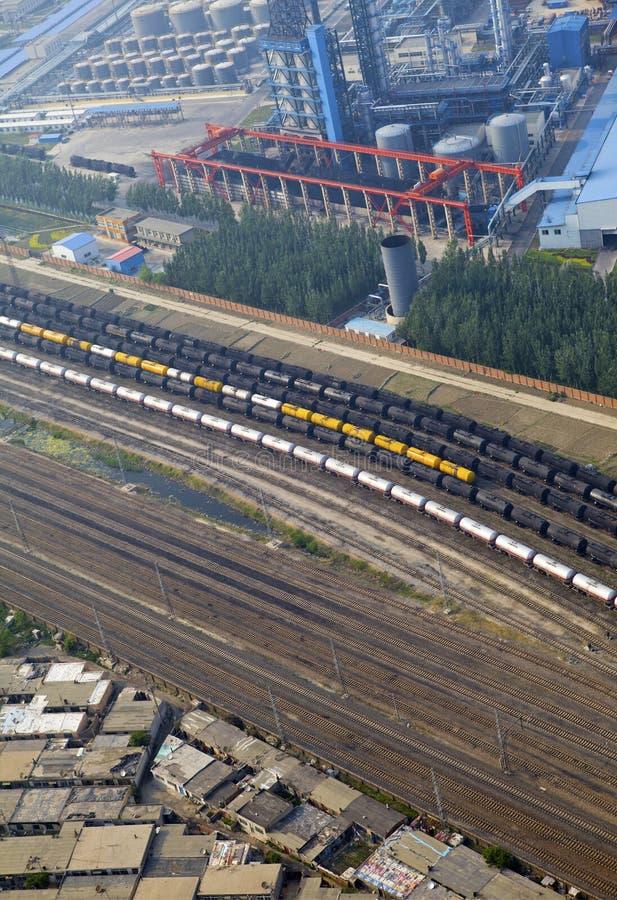 Vogelperspektive über der Eisenbahn stockfotos