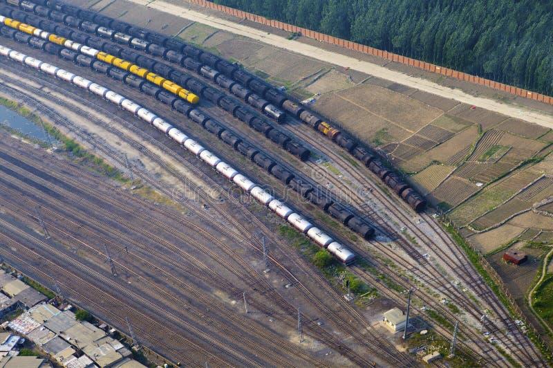 Vogelperspektive über der Eisenbahn stockbild