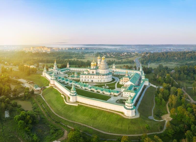Vogelperspektive auf neuem Jerusalem-Kloster in Istra lizenzfreies stockfoto