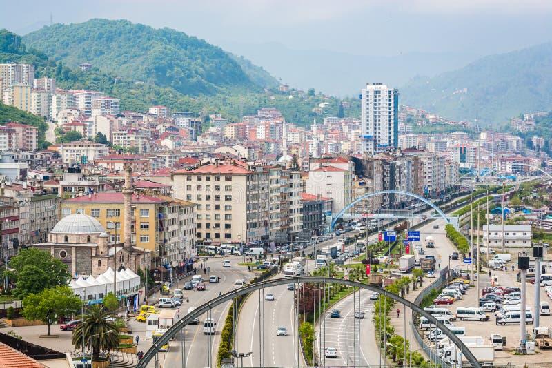 Vogelperspektive auf Stadt Giresun, die Türkei durch Schwarzes Meer stockbild