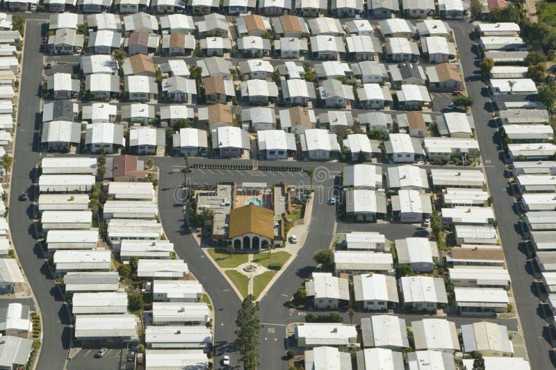 Vogelperspektive der älteren Ruhestandsgemeinschaft der Wohnmobile in Ventura County, Ojai, CA stockbild