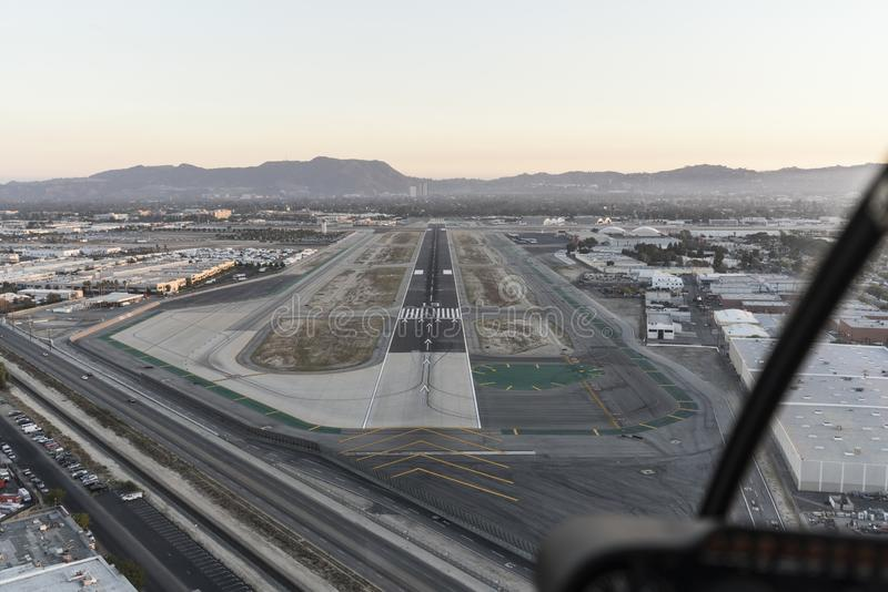 Vogelperspektive der Flughafenrollbahn in San Fernando Valley stockfoto