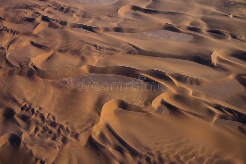 Vogelperspektive der K?stend?nen der Namibia-Skelett-K?ste stockbild