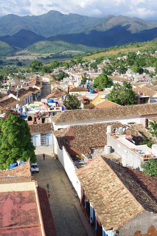 Vogelperspektive der Kolonialstadt Trinidad in Kuba stockbild