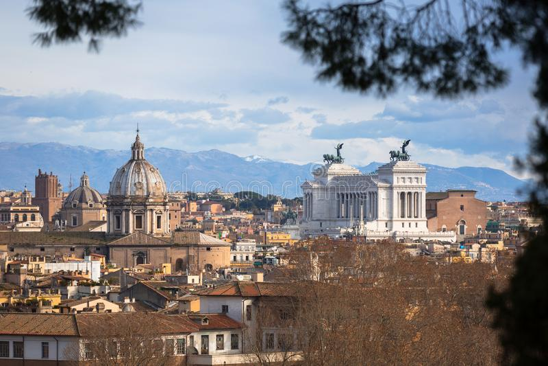 Vogelperspektive der Rom-Stadt mit bueautiful Architektur, Italien lizenzfreie stockfotos