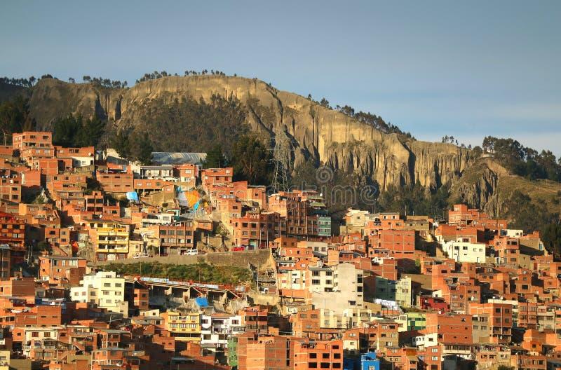 Vogelperspektive des Abhang-Wohngebiets von La Paz, Bolivien stockfotos