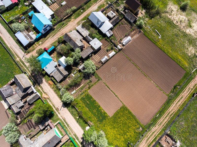 Vogelperspektive des Dorfs lizenzfreie stockfotos