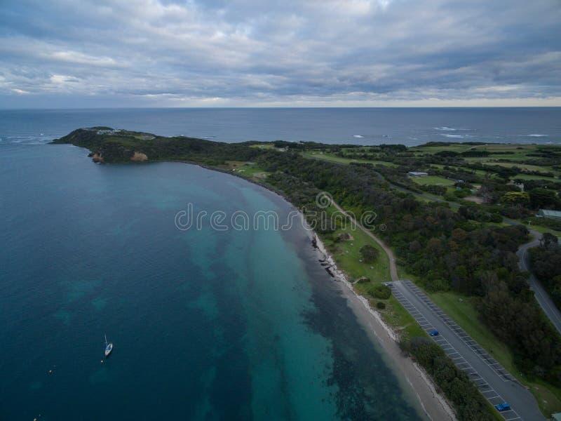Vogelperspektive des Flinderspiers mit festgemachten Booten Melbourne, Austr lizenzfreies stockfoto
