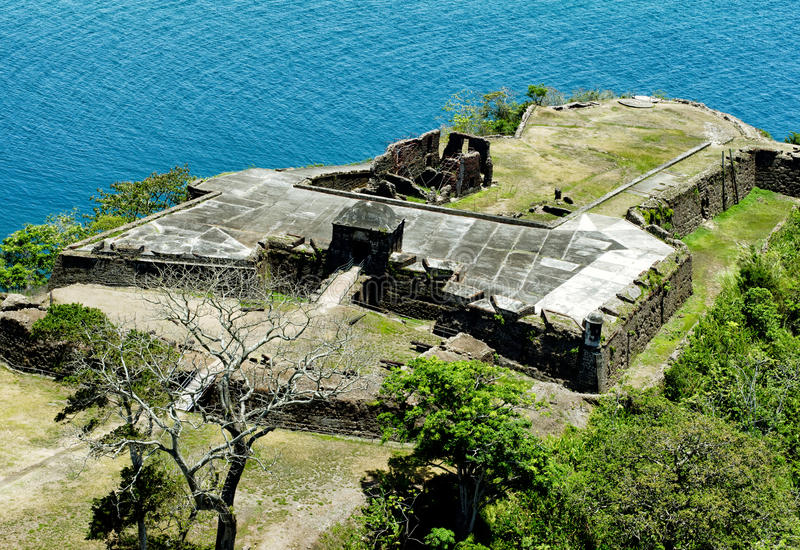 Vogelperspektive des Forts Sherman an Toro-Punkt, Panamakanal lizenzfreies stockbild