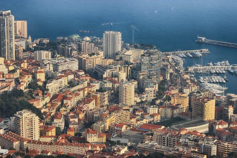 Vogelperspektive des Hafens Hercule und Monte Carlo in Monaco stockfoto