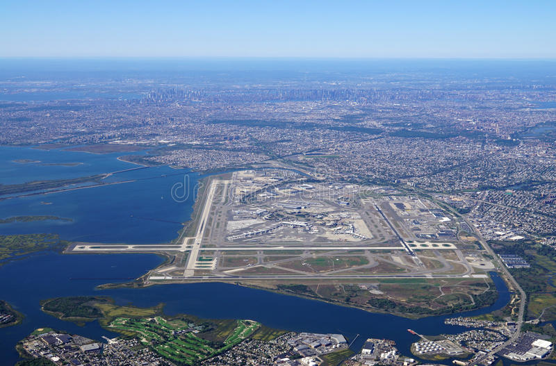 Vogelperspektive des Johns F Kennedy International Airport u. x28; JFK& x29; in New York stockfotos