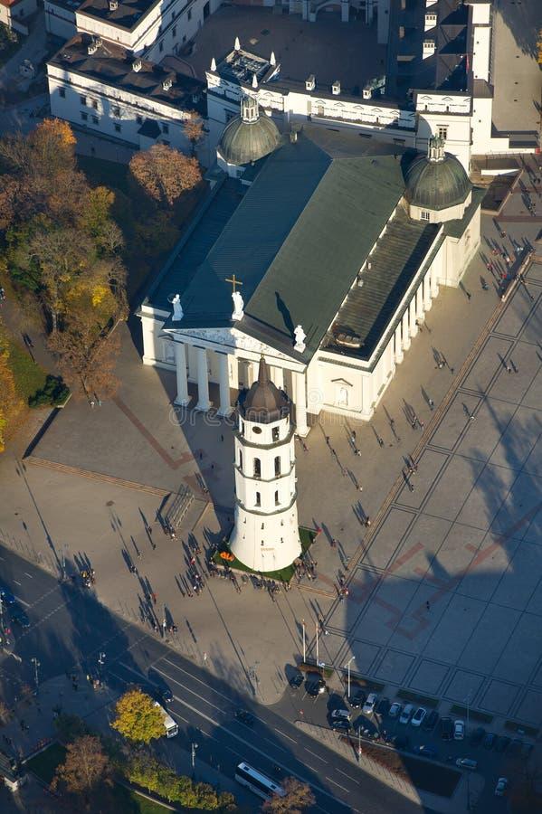 Vogelperspektive des Kathedralen-Quadrats von Vilnius lizenzfreie stockbilder