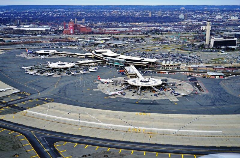 Vogelperspektive des Newarks Liberty International Airport stockbild