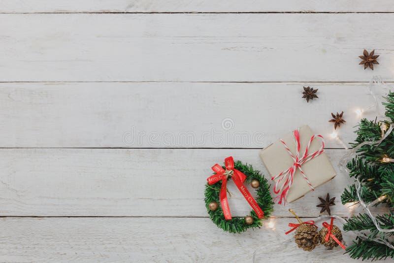 Vogelperspektive des wesentliche Einzelteile guten Rutsch ins Neue Jahr-Hintergrundkonzeptes stockfotos