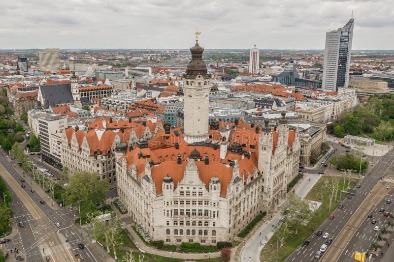 Vogelperspektive neuen Leipzig-rathaus stockfoto