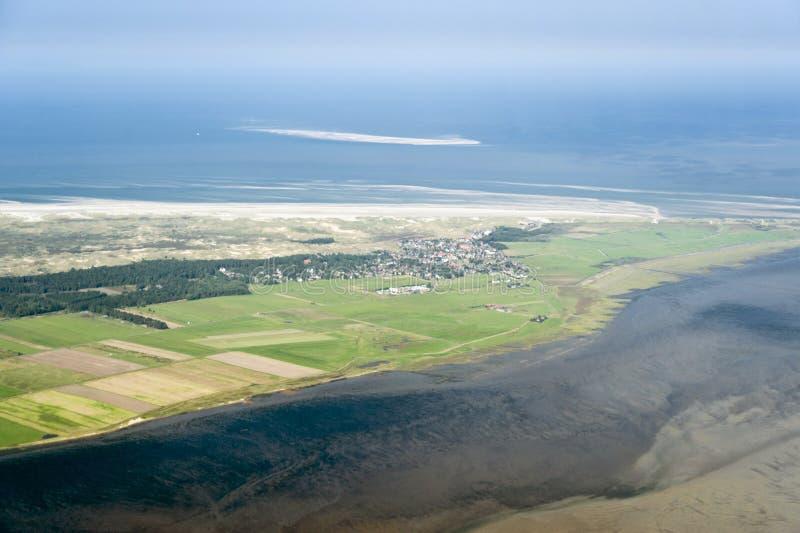 Vogelperspektive vom Schleswig-Holstein Wattenmeer-Nationalpark lizenzfreie stockfotos