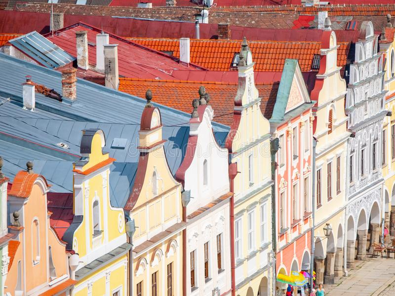 Vogelperspektive von bunten Giebeln und von Dachspitzen von Renaissancehäusern in Telc, Tschechische Republik Der meiste populäre lizenzfreie stockfotos