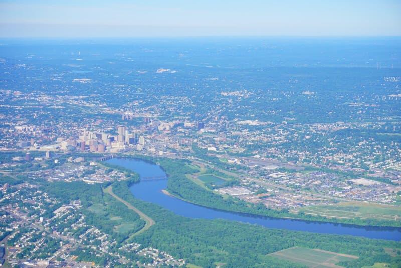 Vogelperspektive von Connecticut River und von Hartford stockbilder