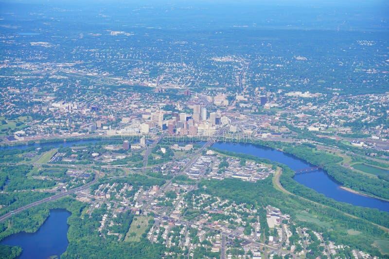 Vogelperspektive von Connecticut River und von Hartford lizenzfreies stockbild