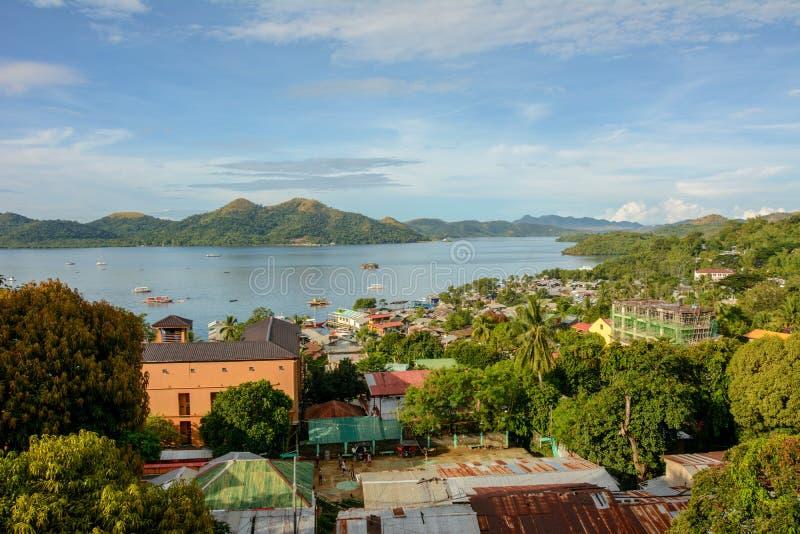 Vogelperspektive von Coron-Stadt, Busuanga-Insel Palawan - Philippinen lizenzfreie stockfotos