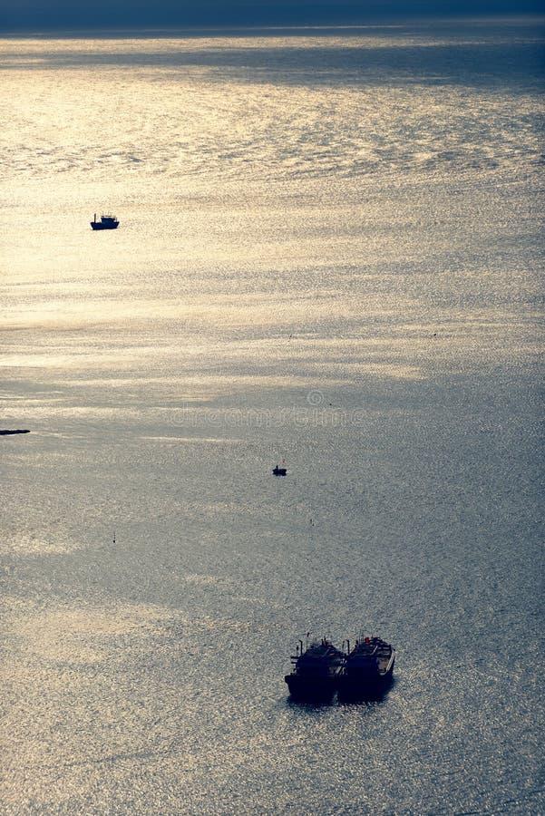 Vogelperspektive von Fischerbooten, Da Nang, Vietnam stockbild