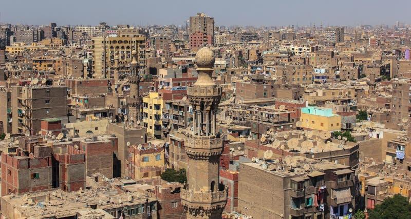 Vogelperspektive von gedrängtem Kairo in Ägypten in Afrika stockfoto