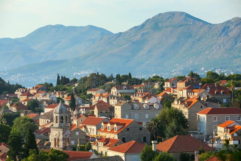 Vogelperspektive von Häusern in Cavtat lizenzfreie stockfotografie