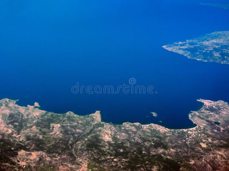 Vogelperspektive von Küsten von Griechenland stockbild